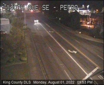 Traffic camera: 140th Ave SE at SE Petrovitsky Road - Northeast corner