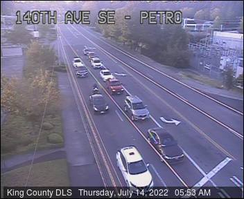 Traffic camera: 140th Ave. S.E. at S.E. Petrovitsky Road - Northeast corner