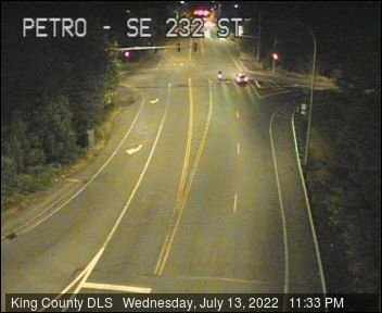 Traffic camera: SE Petrovitsky Rd at SE 232nd St. (southeast corner)
