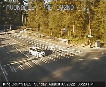 Traffic camera: Avondale Rd NE at NE 132nd St