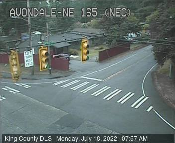 Traffic camera: Avondale Rd NE & NE 165th St, NE Corner