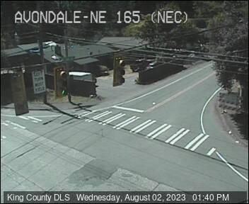 Traffic camera: Avondale Rd NE & NE 165th St, NE Corner