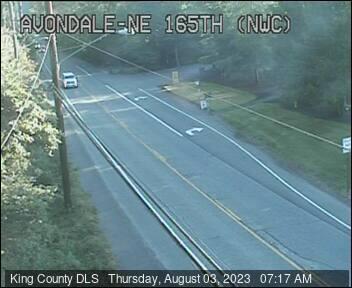 Traffic camera: Avondale Rd NE & NE 165th St, NW corner