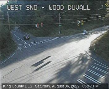 Traffic camera: W Snoqualmie Valley Road and Woodinville-Duvall Road - Northeast corner